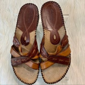 Clark's Artisan Brown Leather Slide Sandal